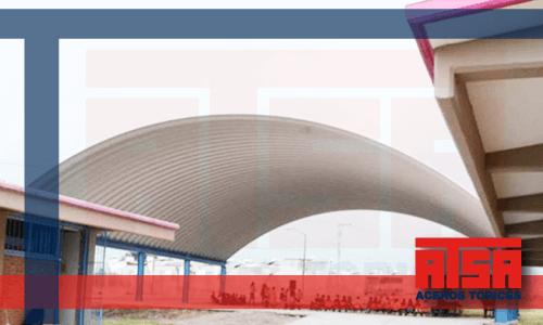 Estructura arcotecho; constrúyela con nuestra lámina pintro económica en Aceros Torices.
