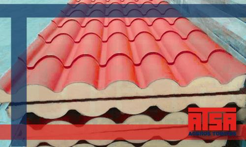Panel aislante Metcoppo para techos.