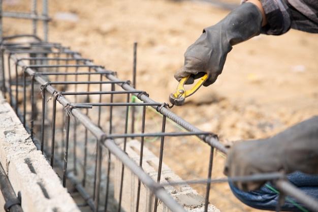 Varilla de acero resistente. Venta al mejor precio en Aceros Torices.