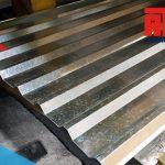 El acero galvanizado es uno de los acabados más usados gracias a su costo barato y gran desempeño sobre el acero.
